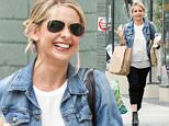 UK CLIENTS MUST CREDIT: AKM-GSI ONLY\nEXCLUSIVE: Actress Sarah Michelle Gellar is all smiles as she runs a few errands with a friend after leaving the spa in Beverly Hills this morning.\n\nPictured: Sarah Michelle Gellar\nRef: SPL1008479  240415   EXCLUSIVE\nPicture by: AKM-GSI / Splash News\n\n