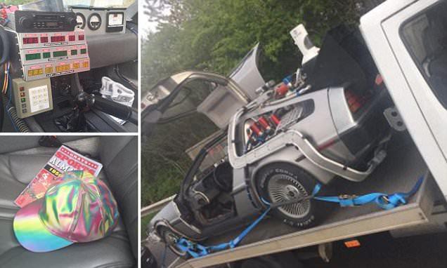 Police pull over Back to the Future-style DeLorean