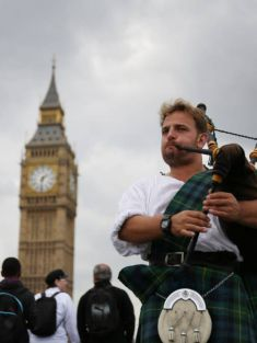 Boris Johnson bans bagpipes from the streets of London
