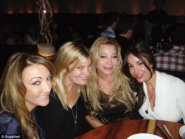 Her sister-in-law, Pip, (second from left) and Taylor Dayne (second from right) spent a weekend at Pomeranz's beach house