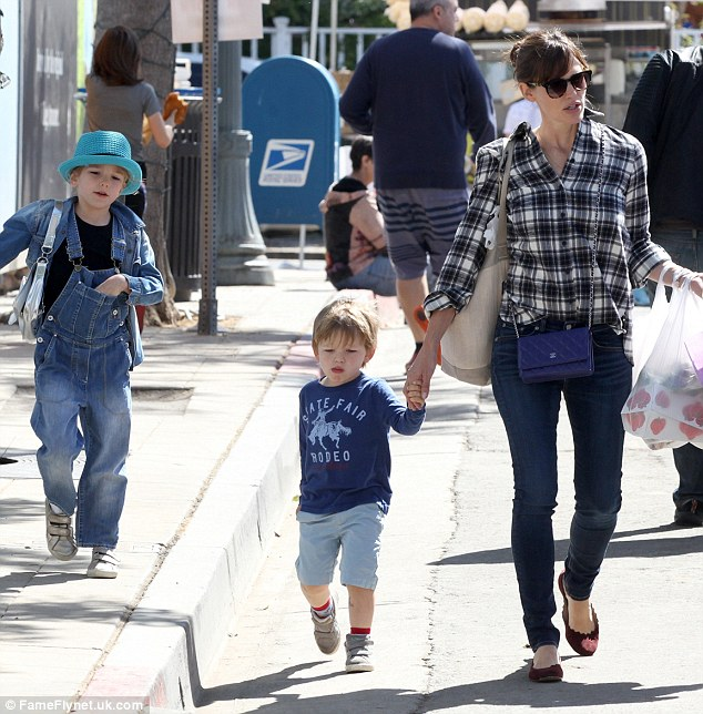 Out and about: Jennifer Garner took six-year-old Seraphina and Samuel, three, to the farmers market in the ocean-side city of Santa Monica on Saturday