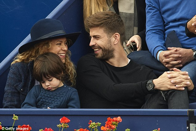 Pop star Shakira and husband Gerard Pique attend the final during day seven of the Barcelona Open
