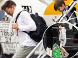 RICKY MARTIN ARRIVES IN SYDNEY ON A PRIVATE JET, WITH HIS SONS MATTEO AND VALENTINO.\n29 April 2015\n©MEDIA-MODE.COM