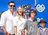 INGLEWOOD, CA - MAY 02:  Actor  Eddie Cibrian with his wife singer LeAnn Rimes and his children Mason and Jake attend Marvel Universe LIVE! Celebrity premiere at The Forum on May 2, 2015 in Inglewood, California.  (Photo by Vincent Sandoval/WireImage)