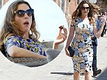 07.MAY.2015 - VENICE - ITALY *** EXCLUSIVE ALL ROUND PICTURES AVAILABLE FOR UK NEWSPAPERS/ ONLINE ONLY *** BRITISH MODEL / ACTRESS KELLY BROOK PICTURED LOOKING SUMMERY AS SHE'S PICTURED ENJOYING A DAY OUT WITH FRIENDS IN VENICE, KELLY IS SEEN TAKING IN THE VENICE SCENERY AND HAVING SOME LUNCH WITH A MYSTERY MALE FRIEND! BYLINE MUST READ : XPOSUREPHOTOS.COM / SPLASH NEWS ***UK CLIENTS - PICTURES CONTAINING CHILDREN PLEASE PIXELATE FACE PRIOR TO PUBLICATION*** **UK CLIENTS MUST CALL PRIOR TO TV OR ONLINE USAGE PLEASE TELEPHONE 0208 344 2007**