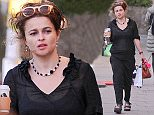 Helena Bonham Carter Pictured walking in Primrose Hill\n\nPictured: Helena Bonham Carter\nRef: SPL1020567  120515  \nPicture by: KP Pictures / Splash News\n\nSplash News and Pictures\nLos Angeles: 310-821-2666\nNew York: 212-619-2666\nLondon: 870-934-2666\nphotodesk@splashnews.com\n