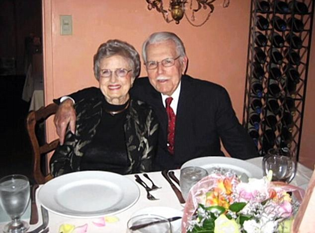 Defying the odds: LaVere and Max Robinson married at age 17 in 1929 and died just three days apart this past August