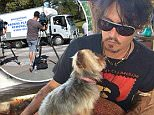 Jonny Depp and Dog..https://vk.com/id205798371