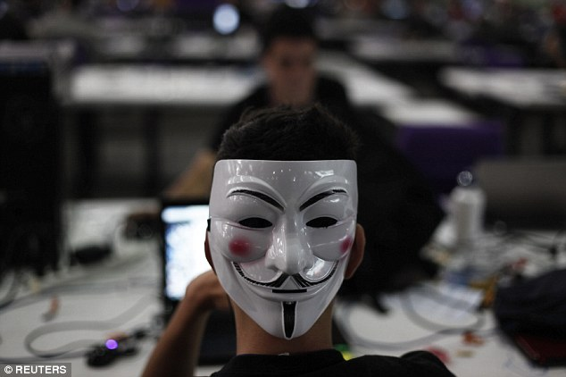 Anonymous tipster: An activist linked to the international hackers' collective Anonymous tipped off police in Garland, Texas, about an eminent attack on an anti-Islam event two days before it happened