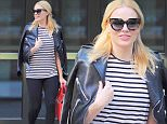 137621, Margot Robbie takes a break from filming Suicide Squad and goes out early morning in NYC. New York, New York - Friday May 22, 2015. Photograph: © RGK, PacificCoastNews. Los Angeles Office: +1 310.822.0419 sales@pacificcoastnews.com FEE MUST BE AGREED PRIOR TO USAGE