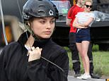 137822, EXCLUSIVE: Margot Robbie seen during rehearsing scenes for 'Suicide Squad' in Toronto. Toronto, Canada - Wednesday May 27, 2015. CANADA OUT Photograph: © PacificCoastNews. Los Angeles Office: +1 310.822.0419 sales@pacificcoastnews.com FEE MUST BE AGREED PRIOR TO USAGE