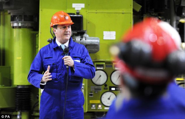 The Prime Minister delivers a speech to workers in the Charge Hall at Hinkley Point B