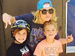 britneyspearsJust your typical proud skate mom ?