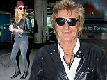 EXCLUSIVE: Rod Stewart,wife Penny Lancaster and family stop off at Costa Coffee after arriving at Heathrow Airport Terminal 5 from Los Angeles  Pictured: Penny Lancaster Ref: SPL1049510  100615   EXCLUSIVE Picture by: Splash News  Splash News and Pictures Los Angeles: 310-821-2666 New York: 212-619-2666 London: 870-934-2666 photodesk@splashnews.com