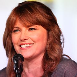 20120713 Lucy Lawless @ Comic-con cropped.jpg