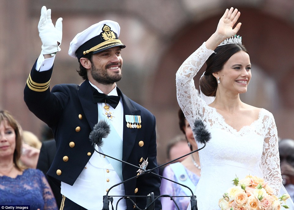 The couple, who are believed to have met in a nightclub, graciously waved to the gathered crowd after their wedding ceremony