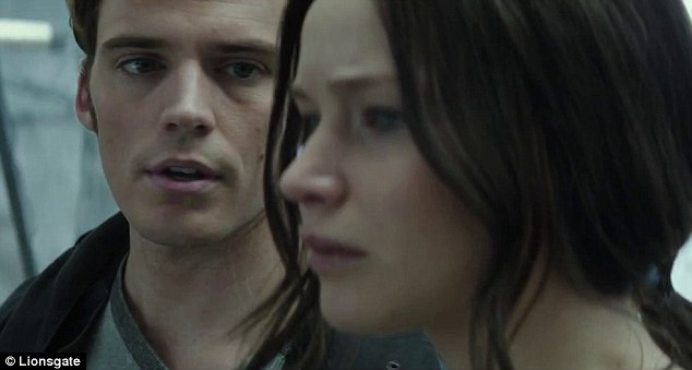 'Ladies and gentlemen, welcome to the 76th Hunger Games': Finnick doesn't mince his words
