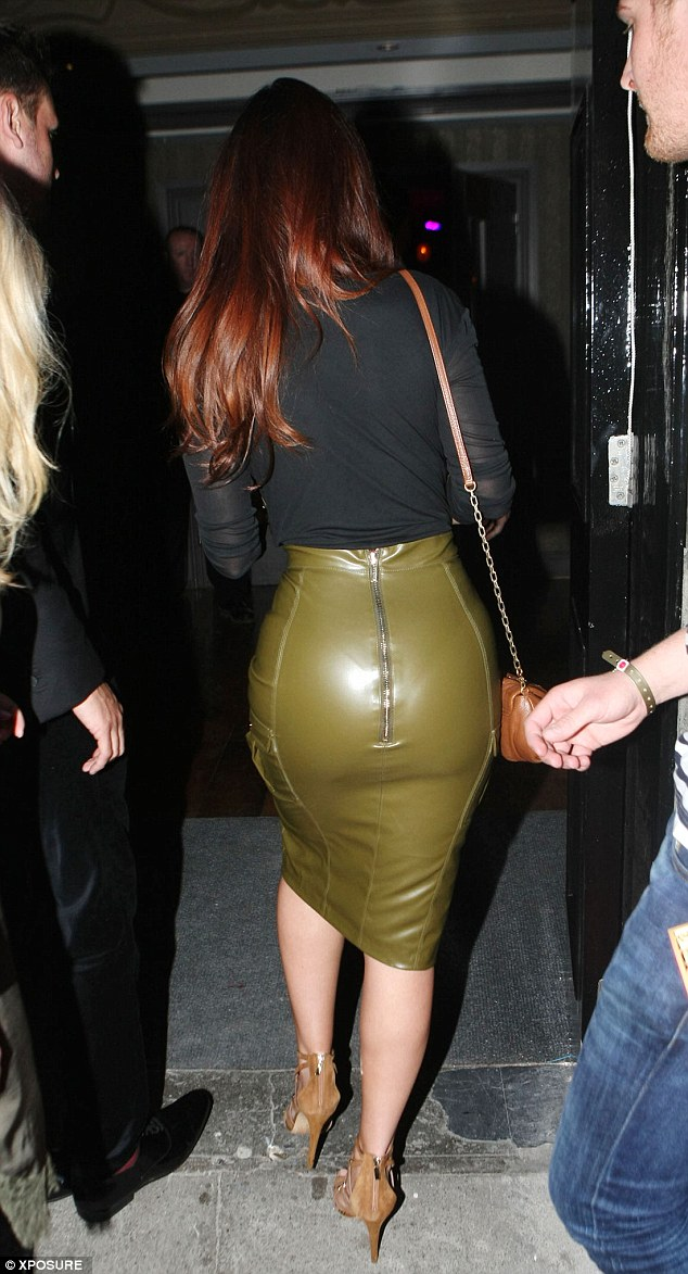 Kim Kardashian would be proud! Jennifer certainly gave a bootylicious display on Friday