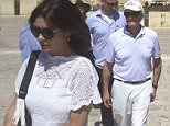15.JUNE.2015  - JERUSALEM - ISRAEL HUSBAND AND WIFE HOLLYWOOD ACTORS CATHERINE ZETA JONES AND MICHAEL DOUGLAS VISIT THE WAILING WALL WHICH IS SITUATED ON THE WESTERN SIDE OF THE TEMPLE MOUNT IN THE OLD CITY OF JERUSALEM.  *** AVAILABLE FOR UK SALE ONLY *** BYLINE MUST READ : XPOSUREPHOTOS.COM ***UK CLIENTS - PICTURES CONTAINING CHILDREN PLEASE PIXELATE FACE PRIOR TO PUBLICATION *** **UK CLIENTS MUST CALL PRIOR TO TV OR ONLINE USAGE PLEASE TELEPHONE 0208 344 2007**