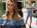 June 23, 2015: Co-host Renee Bargh films a segment for 'Extra' in front of 30 Rockefeller Plaza in New York City...Mandatory Credit: Roger Wong/INFphoto.com Ref.: infusny-146