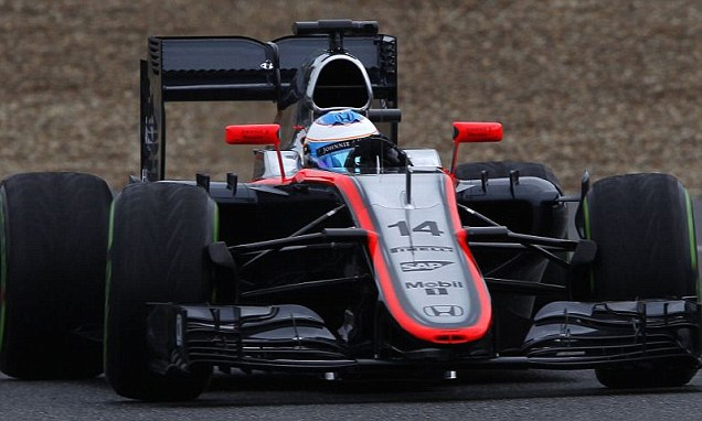 Fernando Alonso encounters problem with McLaren's Honda engine