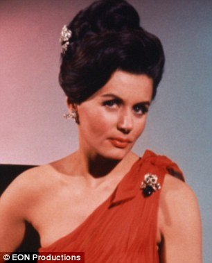 Eunice Grayson in a scene from the film DR. NO
