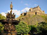 EH4G69 United Kingdom, Scotland, Edinburgh, listed as World Heritage by UNESCO, Princes Street Gardens and Edinburgh castle, Ross Fountain