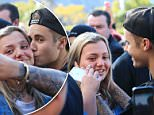 **NON-EXCLUSIVE**..Justin Bieber meet fans outside of his hotel.