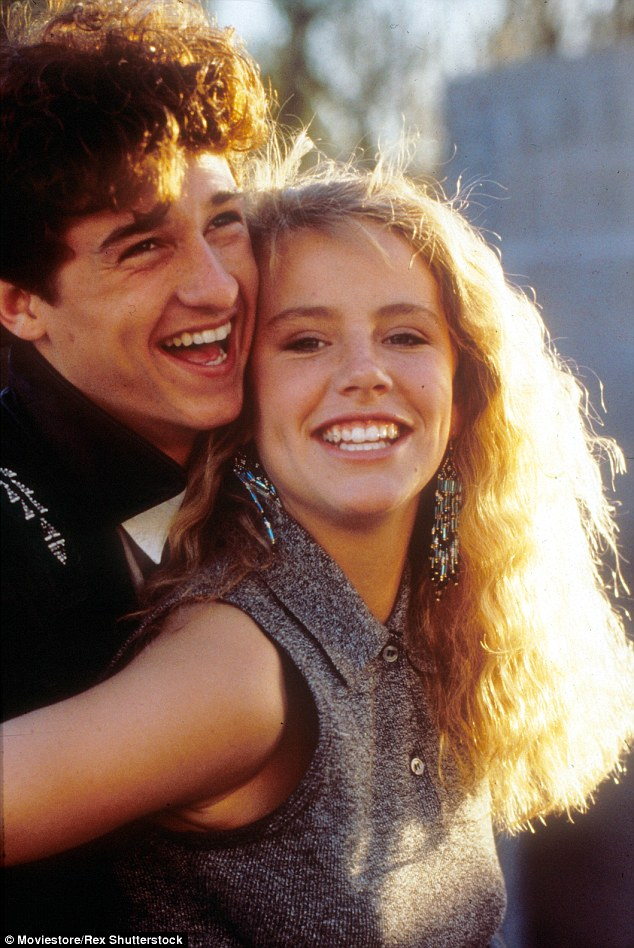 It the film she played cheerleader Cindi Mancini, whom Dempsey's nerdy high-school student Ronald Miller pays $1,000 to pretend to be his girlfriend for a month, before the two - of course - end up falling in love