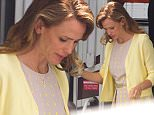 jennifer garner yellow.jpg