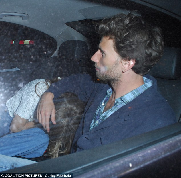 Cressida Bonas was seen ducking in a taxi after enjoying a spot of dinner with a mystery man on Tuesday night in Mayfair