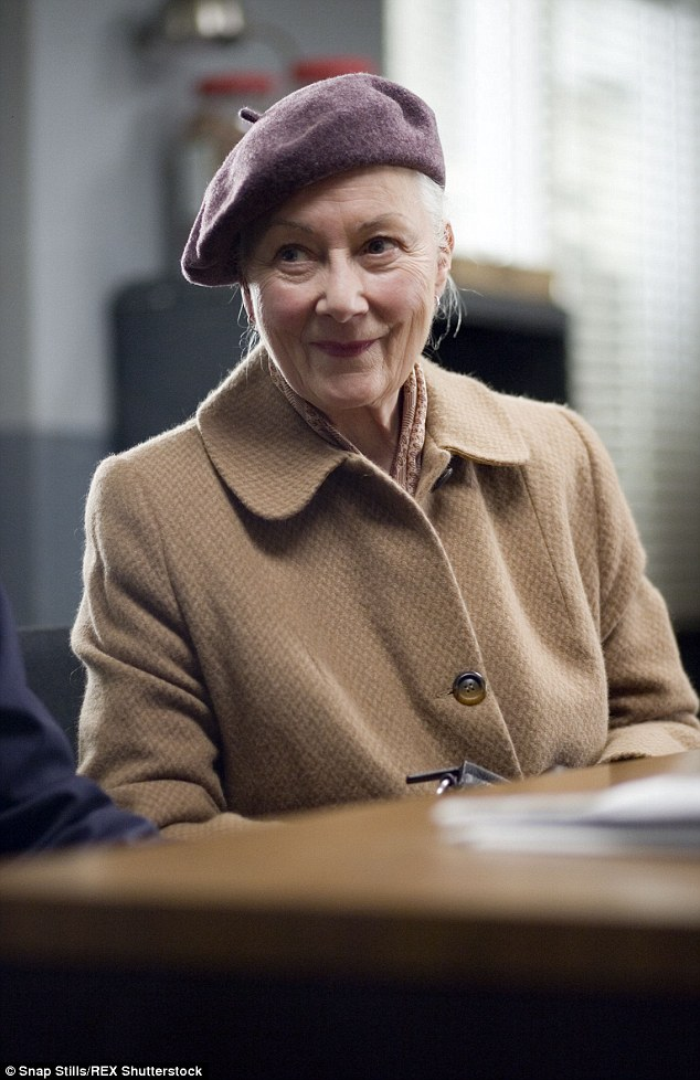 Original: In the film adaptations starring Tobey Maguire -Spiderman1, 2, and 3, the role was played by Rosemary Harris