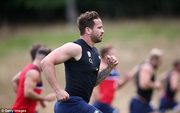 Cipriani is put through his paces as the England squad go through a final week's work before flying to Denver