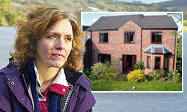 A dream move to the country? Living in the countryside cost me my marriage, robbed me of