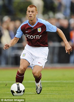 Punching his weight: Sidwell faces former club Arsenal ¿ after a howler against Middlesbrough last Sunday