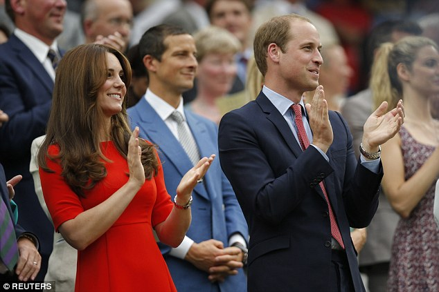 Kate and Prince William applauded while they watched Andy Murray win his quarter final match on Wednesday