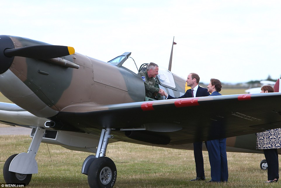 Following the breakfast, Prince William received a Supermarine Spitfire MK 1 from American philanthropist Thomas Kaplan at the Inperial War Museum, Duxford