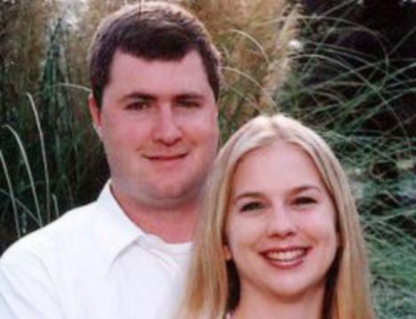 The Australian authorities will now try and extradite Gabe Watson (l) from the U.S. now he's been charged with the death of his wife Tina (r)