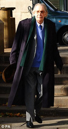 Peter O'Toole attends the memorial service for Sir John Mortimer at Southwark Cathedral in London