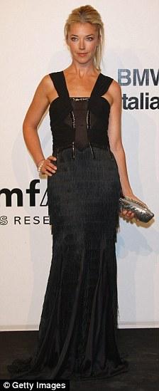 Tamara Beckwith attends amfAR Milano 2009 red carpet