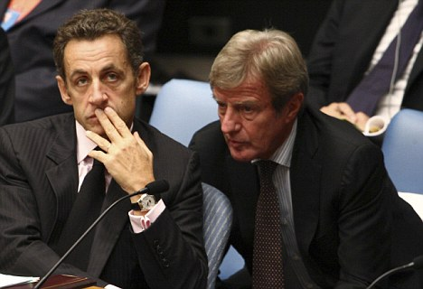 Support: President Nicolas Sarkozy and Foreign Minister Bernard Kouchner