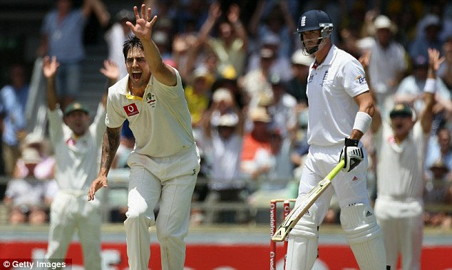 Howzat? Johnson appeals successfully for Pietersen's wicket
