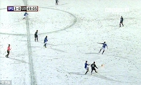 Correct: Stuart Attwell was right to allow the game to continue