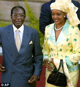 Different shopping styles? Robert Mugabe and wife Grace in Pretoria, South Africa in 2004