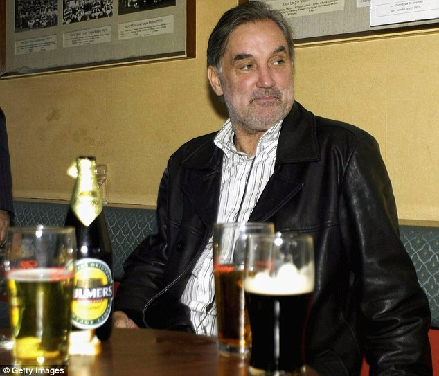 One of the best: George Best found solace in the relaxed atmosphere of a pub - something that new landlord Piers Morgan can appreciate