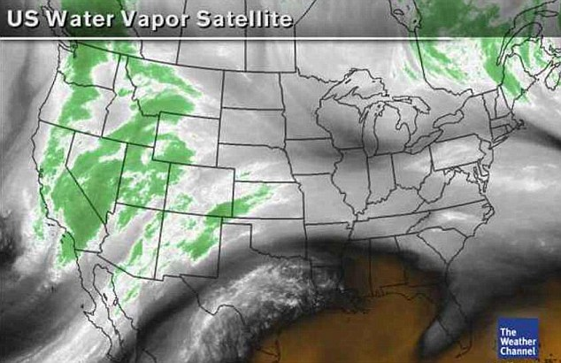 Map: This satellite image shows the rain and snow over California