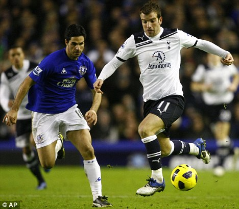 Blue for you: Rafael Van der Vaart had his Nike boots changed from red