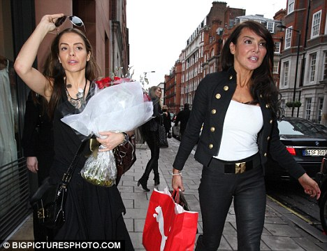 Got my SWAG on: Former WAGs Elen Rivas and Lizzie Cundy met for lunch at the C London restaurant