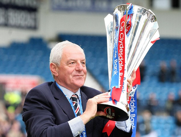 Parting gift: Walter Smith celebrates Rangers' SPL title win