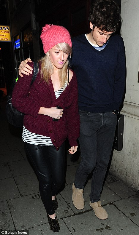 Fans: Singer Ellie Gouding and Radio 1 DJ boyfriend Greg James arrive at Jessie's gig